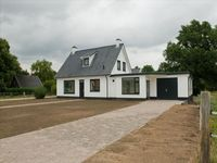 Jagersweg 8B, Enter