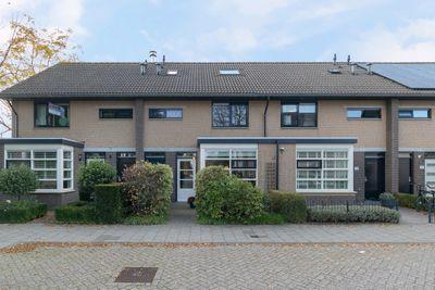 Huizingastraat 30, Oud-beijerland