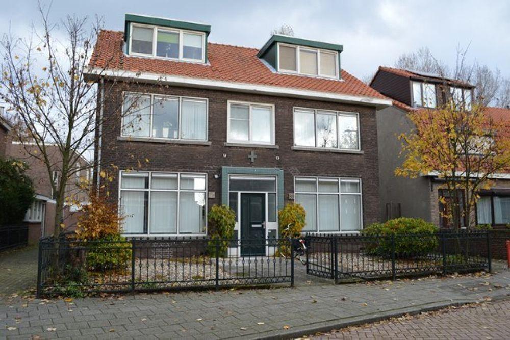 Ozingastraat, Pernis Rotterdam
