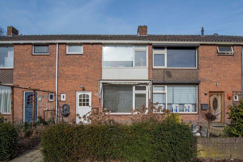 Jan Vermeerlaan 215, Roosendaal
