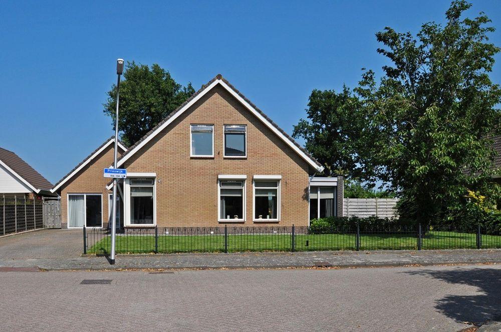 Prieswijk 141*, Elim