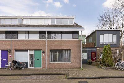 Turnhoutplantsoen 152, Amsterdam