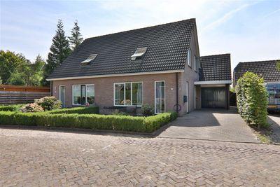 Jan Westerhuisstraat 3, Veeningen