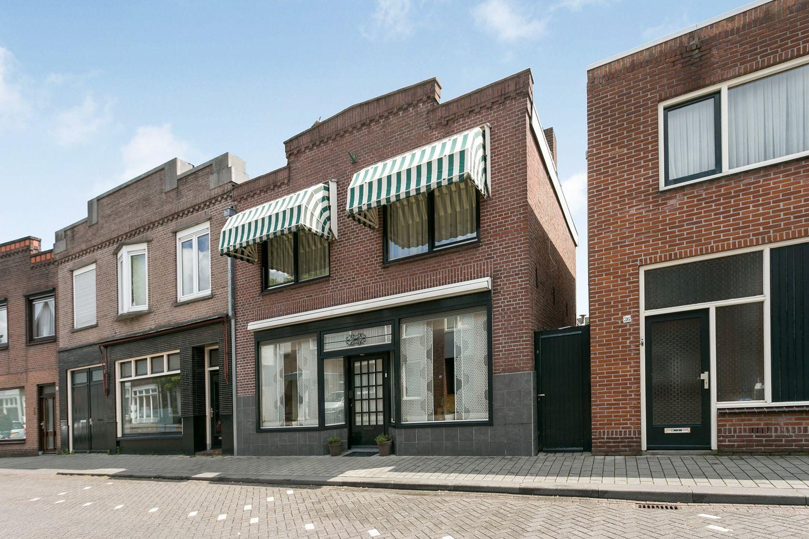 Beelsstraat 38, Helmond