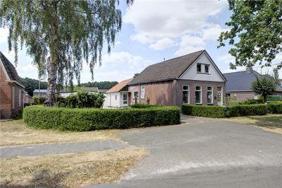 Veenhofsweg 1, Alteveer