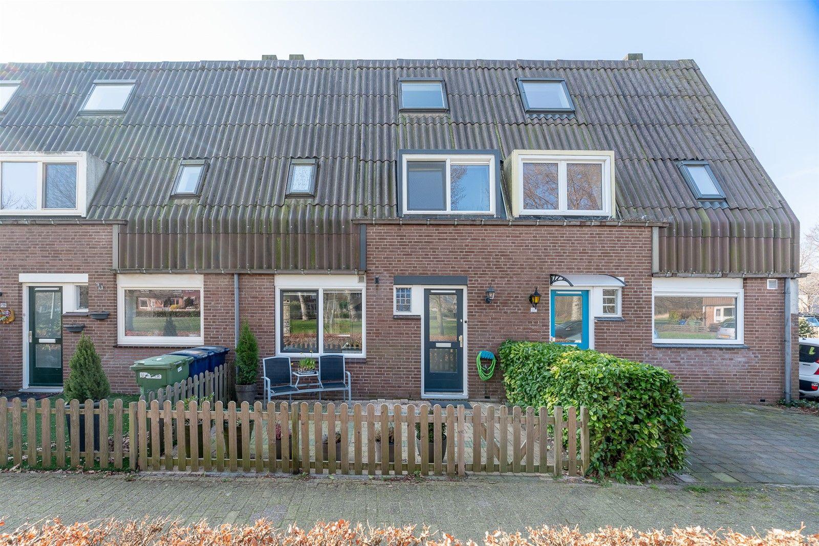 Bosgouw 140, Almere
