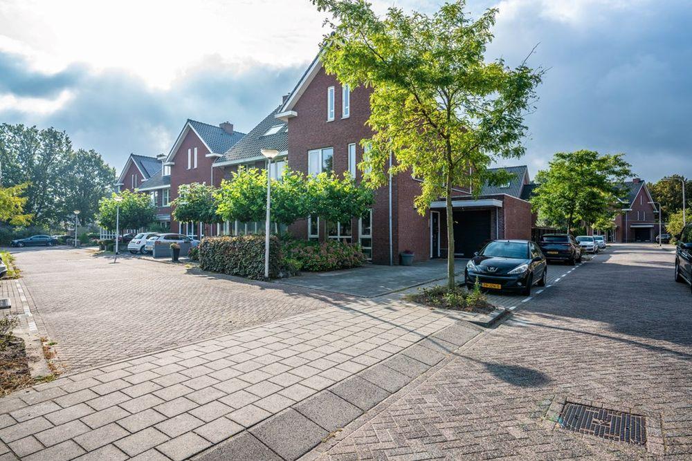 Waterland 72, Ridderkerk