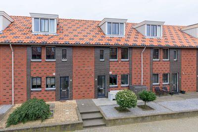 Mambo 7, Nieuw-Vennep