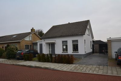 Bernhardstraat 1, Westkapelle
