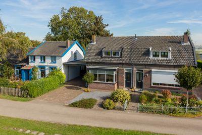Middenhof 43, Rilland