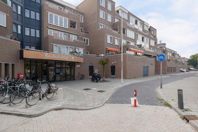Vollenhoveschans 34, Almere