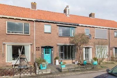 Goudenregenstraat 5, Leimuiden