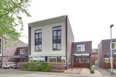 Tonny van Leeuwenlaan 31, Groningen