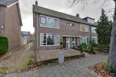 Zaanstraat 136, Leiden
