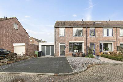 Deltastraat 5, Wemeldinge