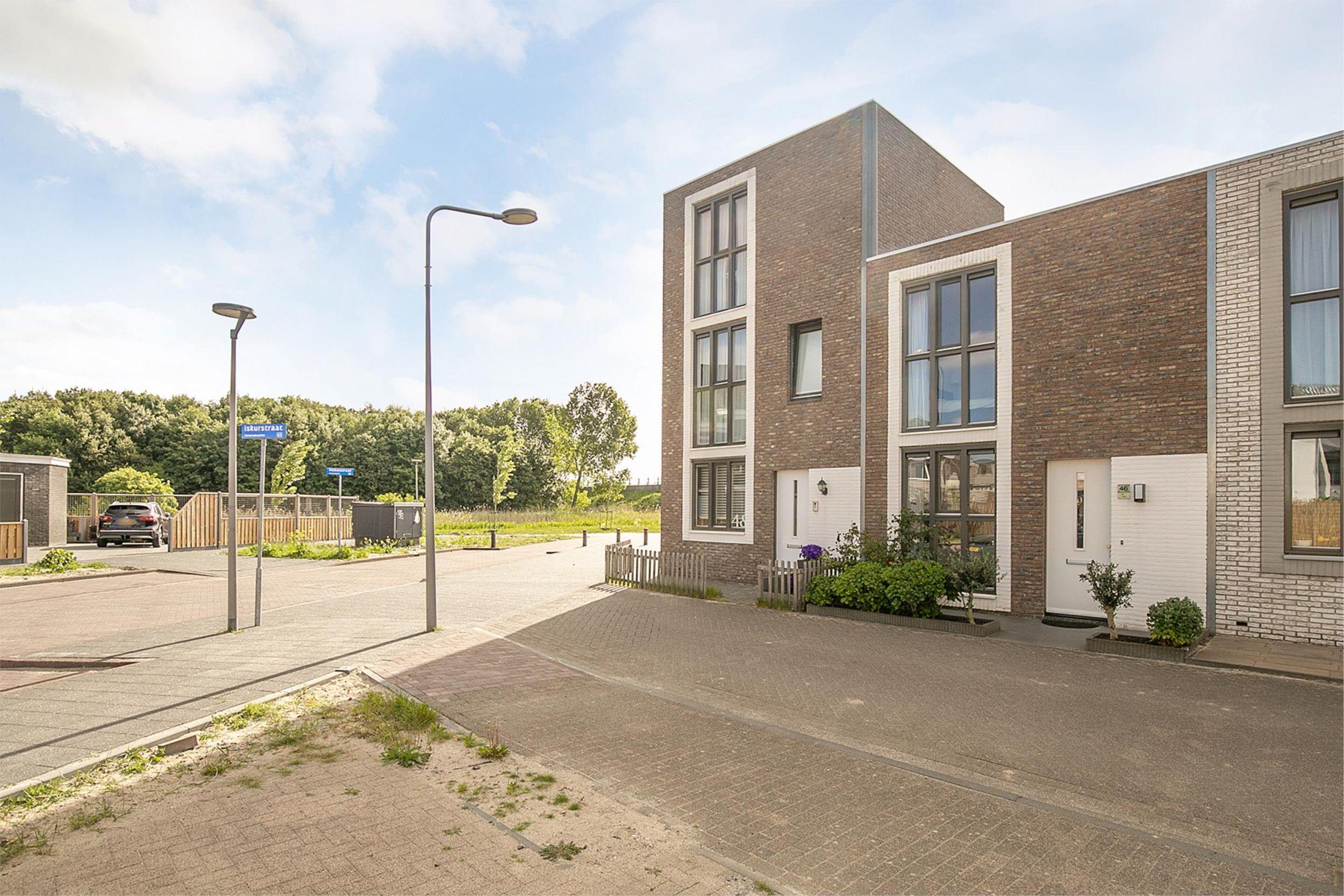Iskurstraat 46, Almere
