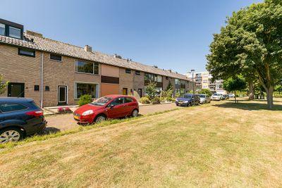 Van der Helstplein 7, Maassluis