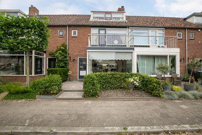 Scheltingastraat 36, Hendrik-ido-ambacht