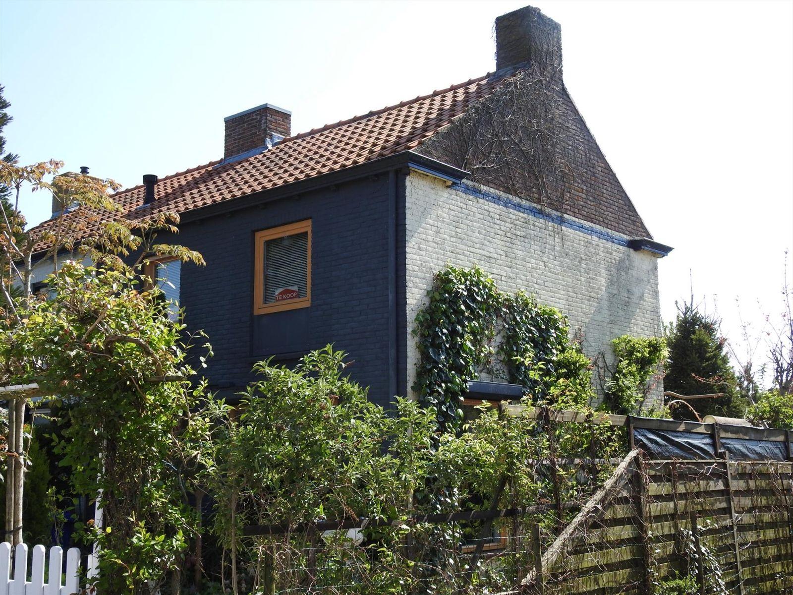 Zandstraat 153, Sas van Gent