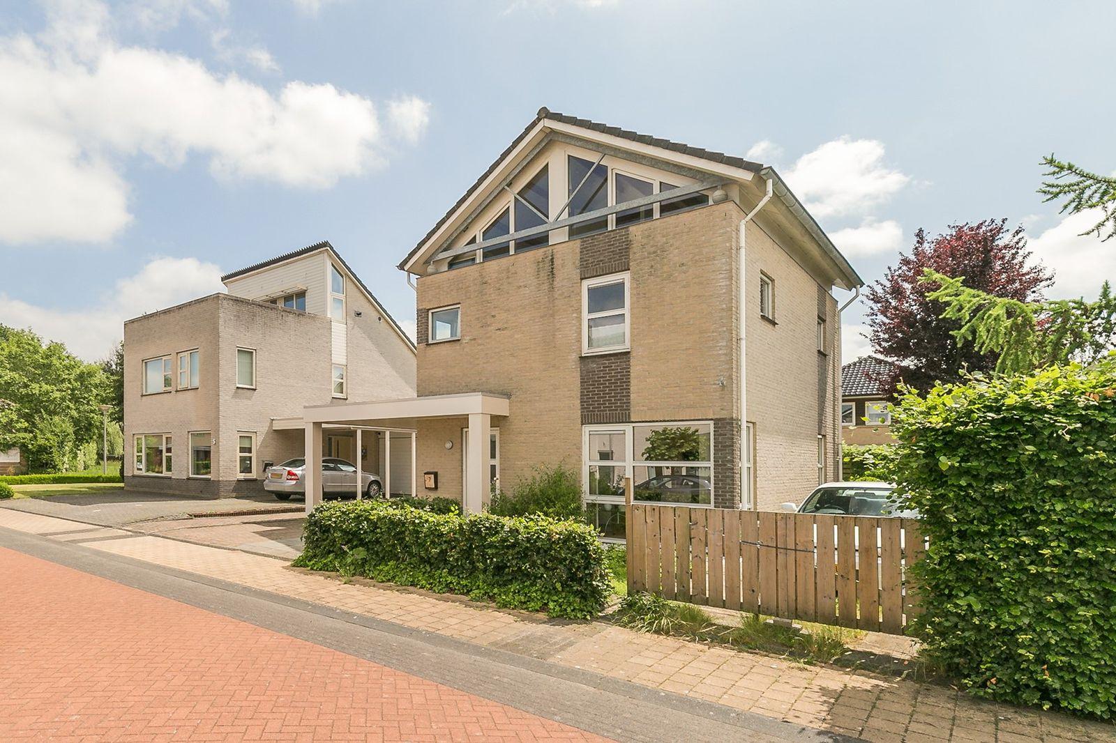 Het Ravelijn 7, Steenwijk