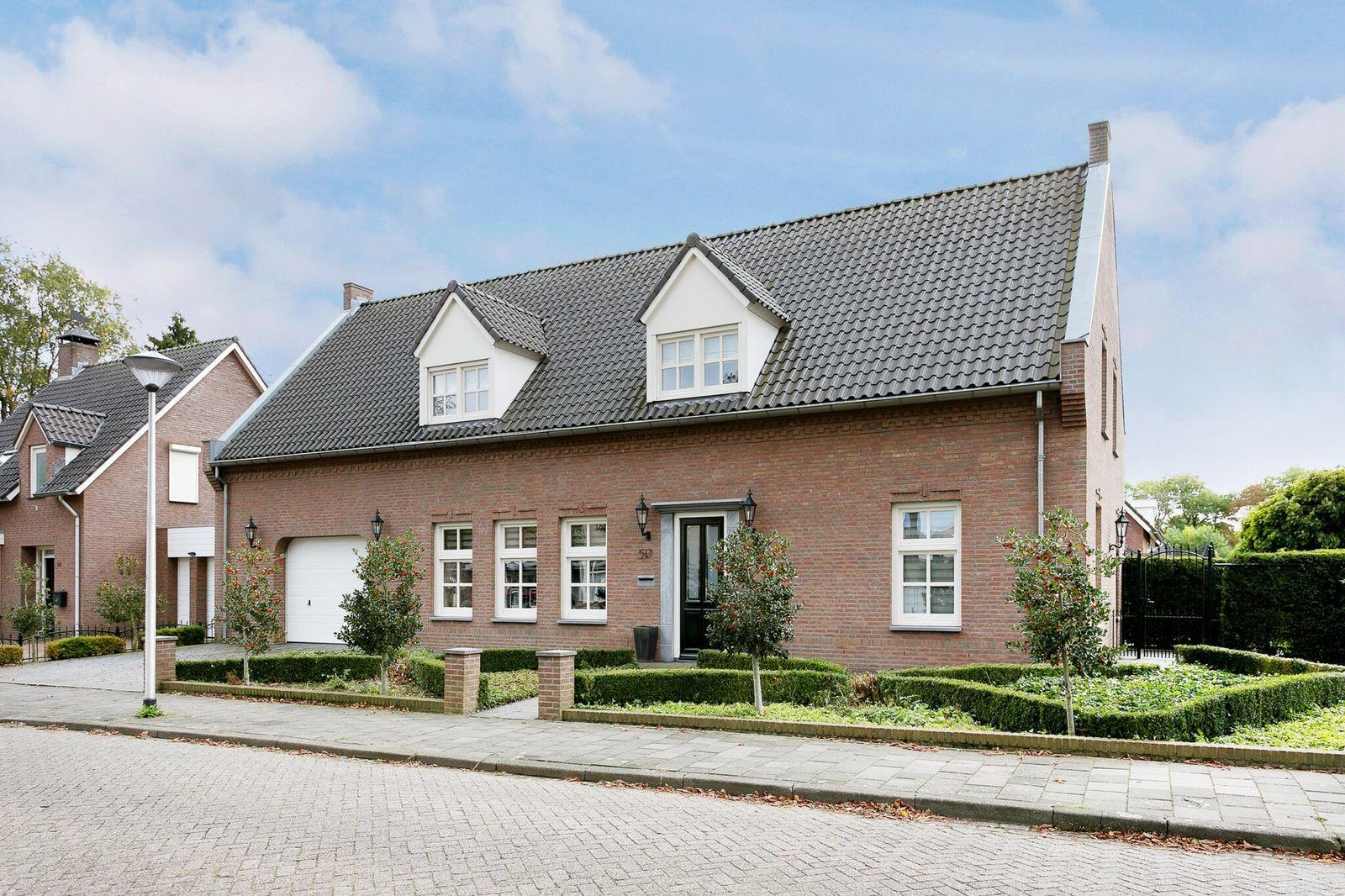 Pastoor Elsenstraat 50, Helmond
