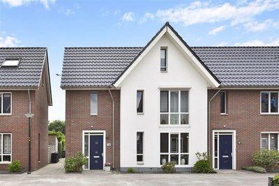 Parelhoender 36, Apeldoorn