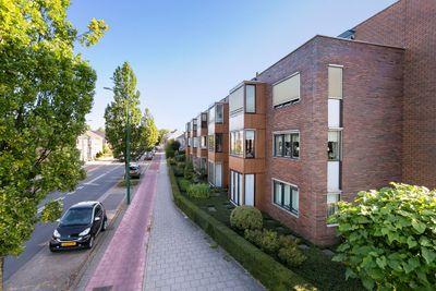 Blauwgras 102, Veenendaal