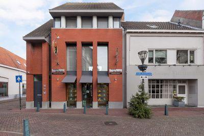 Lange Nieuwstraat 30-32, Hulst