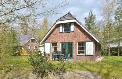 Hof van Halenweg 2-93, Hooghalen