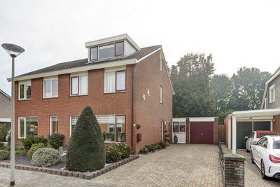 Schubertstraat 15, Millingen aan de Rijn