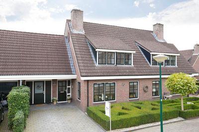 Coniferenlaan 10, Veenendaal