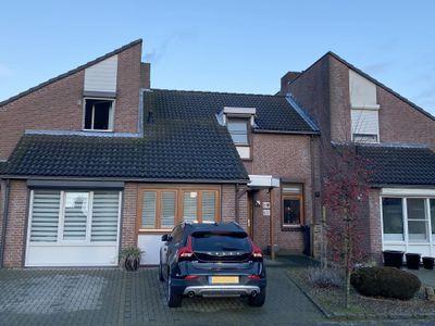 van Douverenstraat 47, Horst