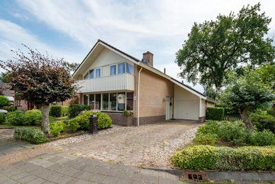 Braakmansdijk 143, Rijssen