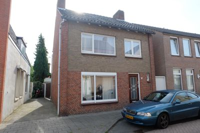 Kalsdonksestraat 34, Roosendaal
