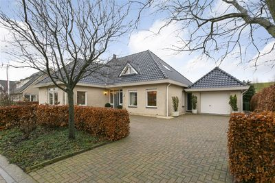 Karper 19, Hoogeveen