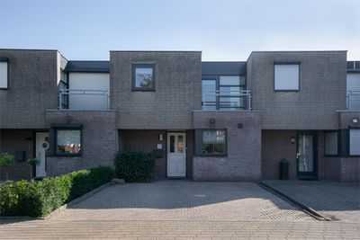Jasmijnberg 3, Roosendaal