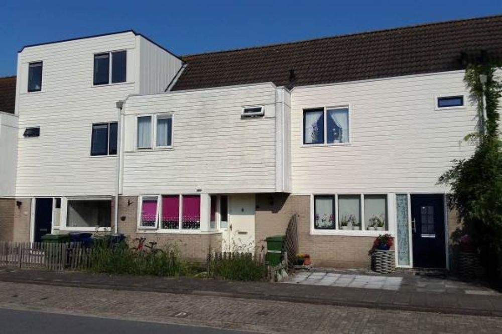 M.J. Granpr Molirestraat, Almere