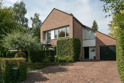 Beatrixstraat 3, Bakel
