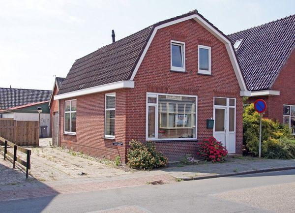 Hoofdweg 35, Wagenborgen