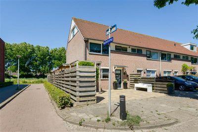 Suze Groenewegstraat 13, Alkmaar
