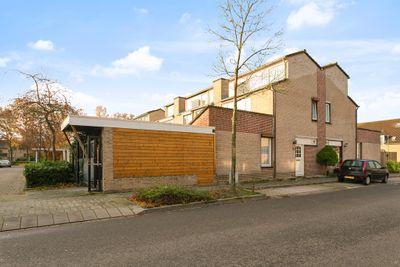Rijnlaan 243, Helmond