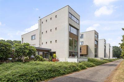 Markkant 94, Oosterhout