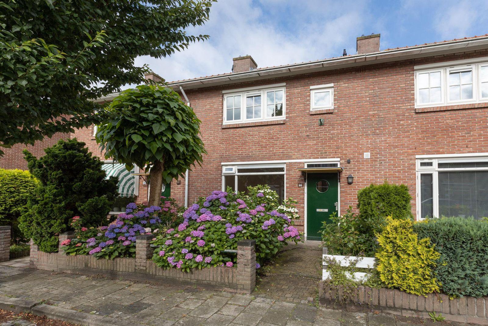 Adelaarstraat 23, Hilversum