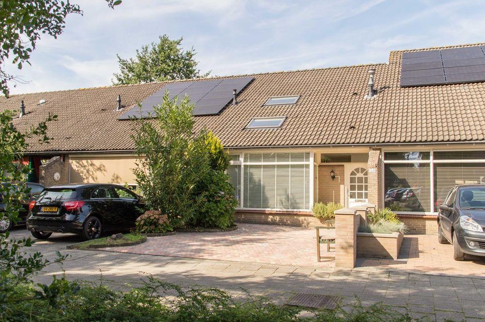 Amethistdijk 128, Roosendaal