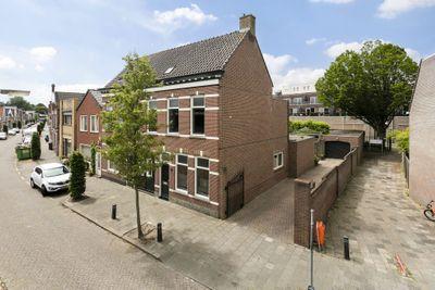 Damstraat 75, Roosendaal