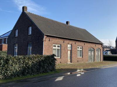 Afhangweg 8, Horst
