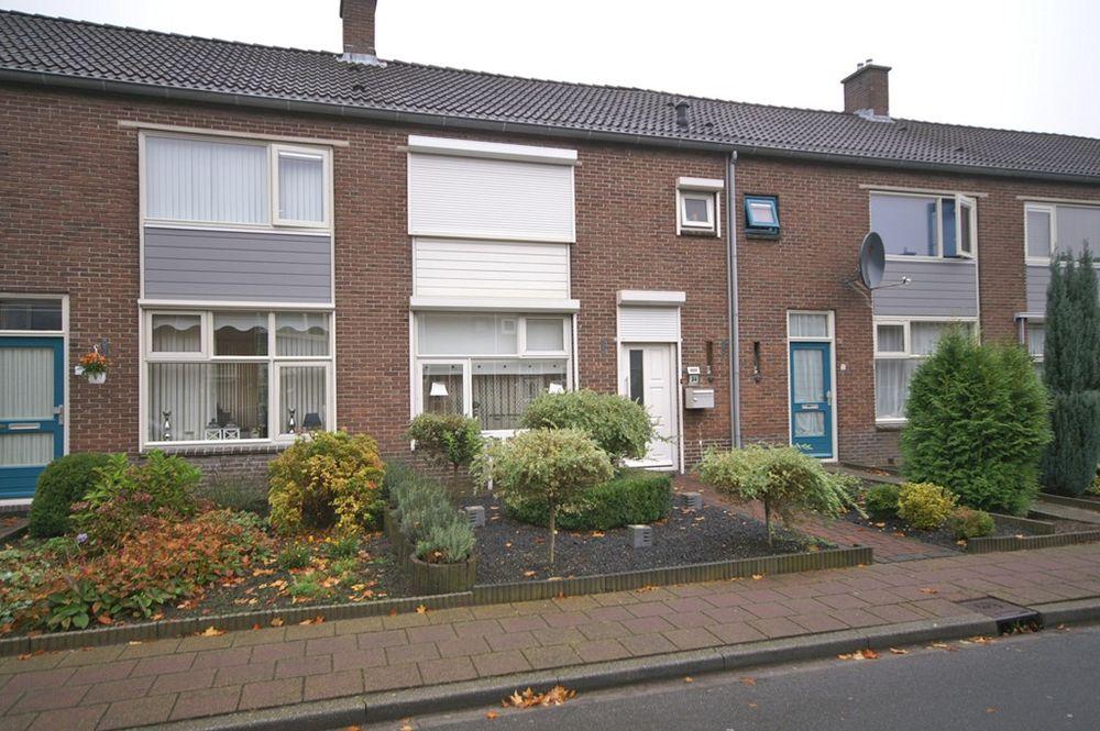 Doctor L.J.F. Janssenstraat 34, Emmen