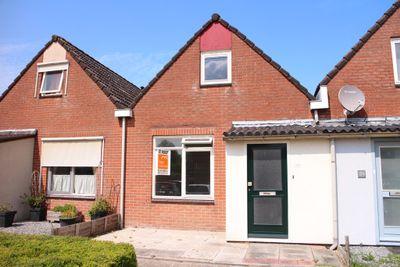 Piet Heinstraat 33, Kloosterzande