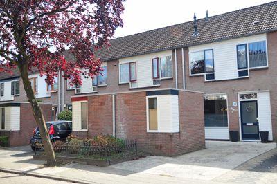 Aalbersestraat 11, Helmond
