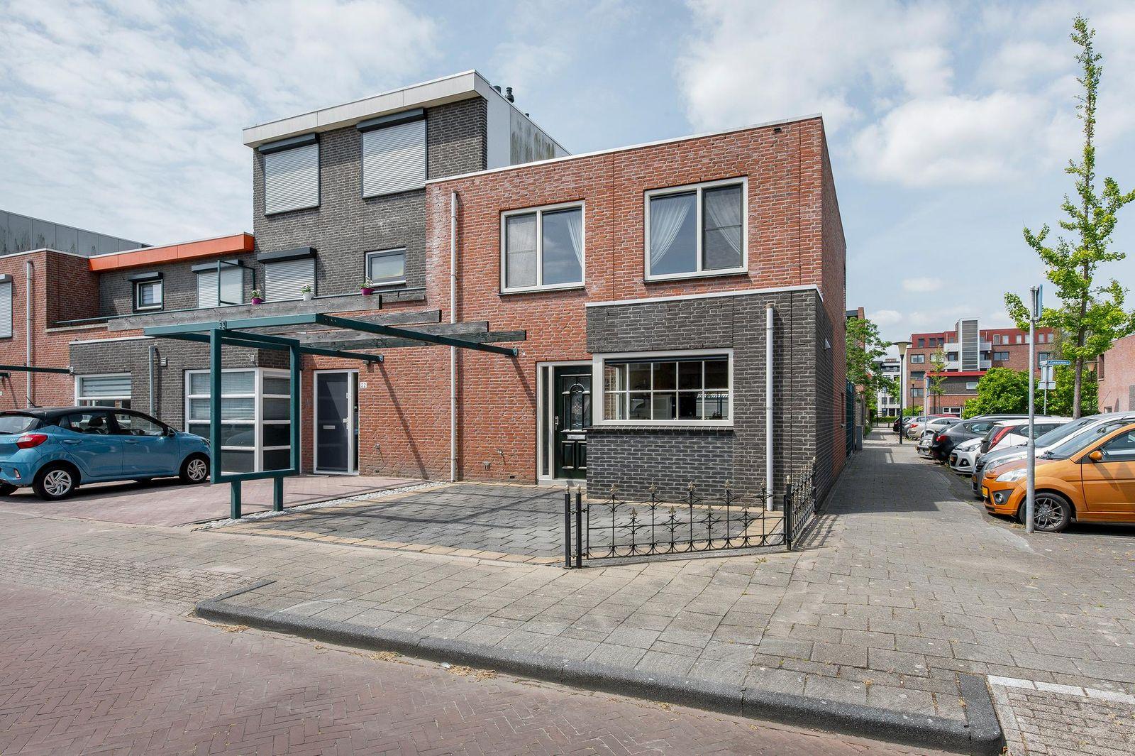 Braassemermeer 24, Barendrecht
